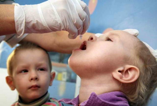 Техника проведения прививки против полиомиелита